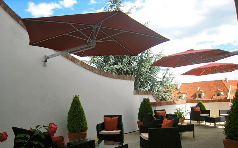 Parasoles de pared solero sombrilla de balc n solero - Sombrilla de pared ...